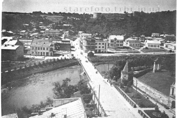 Вид з ратуші на місто