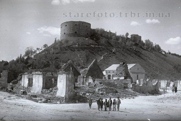 Руїна будинків в Теребовлі 1918