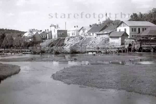 Вид з річки на місто. Перша Світова